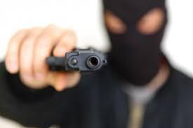 Ladrões armados assaltam sítio em Moreira Sales