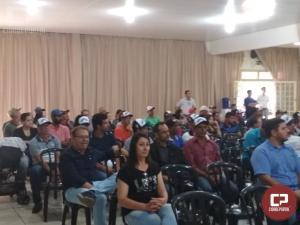 Emater e parceiros realizam seminário de bovinocultura leiteira em Moreira Sales