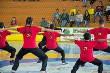 Alunos do projeto de kung fu realizam primeira graduação de faixa em Moreira Sales