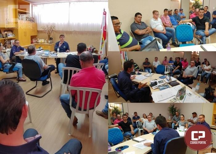 Prefeito e secretários de Moreira Sales se reúnem para discussão sobre medidas de prevenção ao Covid-19