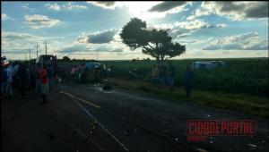 Um acidente automobilístico entre Goioerê e Quarto centenário na PR-180 aconteceu na tarde deste domingo, 19