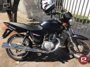 Uma pessoa foi detida pela Polícia Militar de Moreira Sales e sua moto apreendida por débitos vencidos