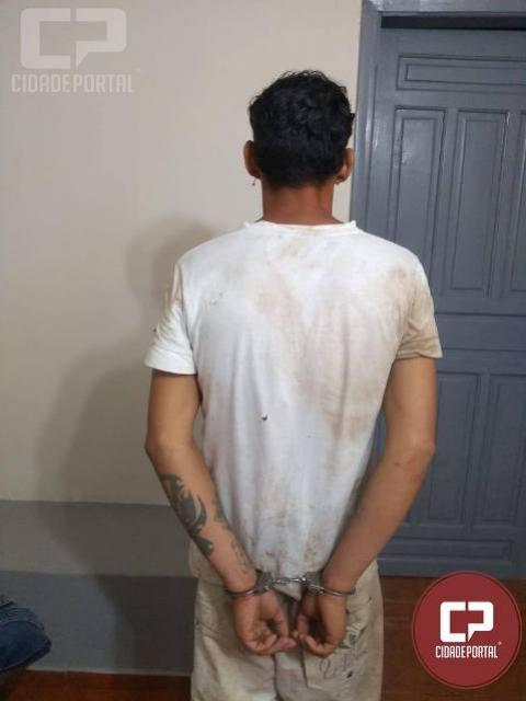 Após desacatar e entrar em confronto corporal com a Polícia Militar de Moreira Sales, homem acaba preso