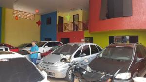 Tarso Veículos é alvo de arrombamento e furto nesta madrugada, 26 em Cafelândia