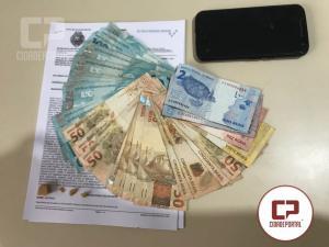 Taxista acusado de trafico oferece 4 mil reais para Policiais Militares de Moreia Sales para não ser preso