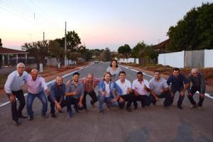 Comunidade de Paraná do Oeste recebe oficialmente asfalto na Avenida São Paulo